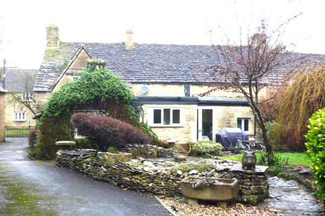 Thumbnail Cottage to rent in Station Road, South Cerney, Cirencester