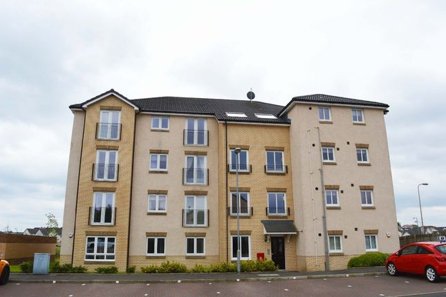 Thumbnail Flat for sale in Cambridge Crescent, Clarkston, Airdrie
