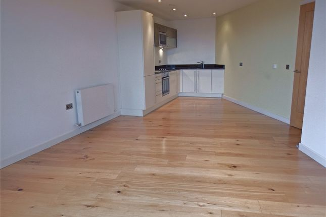 Thumbnail Flat to rent in Wharf Approach, Leeds, West Yorkshire