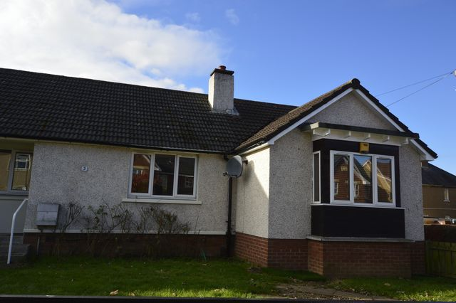 Thumbnail Semi-detached house to rent in Broomhouse Crescent, Edinburgh, Midlothian