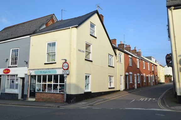Thumbnail Flat to rent in New Street, Honiton