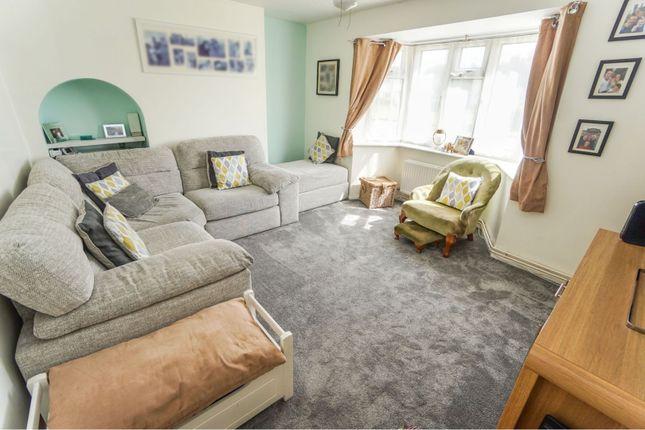 Lounge of Robert Cecil Avenue, Mansbridge, Southampton SO18
