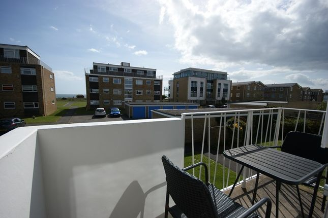 Thumbnail Flat for sale in Victoria Road, Milford On Sea, Lymington