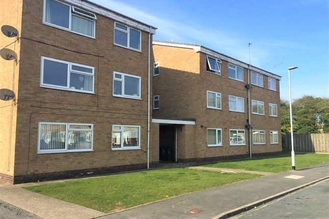 Thumbnail Flat to rent in Inmans Road, Hull