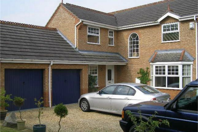Thumbnail Detached house to rent in Osbourne Way, Market Deeping, Peterborough, Lincolnshire