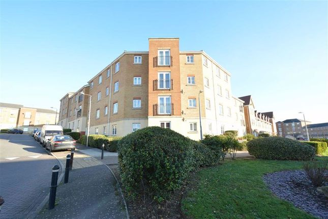 Thumbnail 2 bed flat to rent in Windermere Avenue, Purfleet, Essex