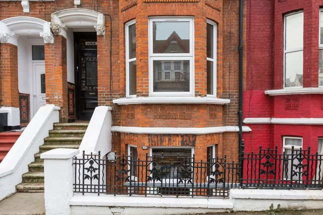 Thumbnail Flat to rent in Heygate Avenue, Southend-On-Sea