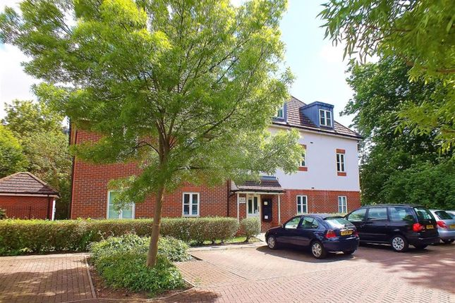 1 bed maisonette for sale in Reid Close, Hayes
