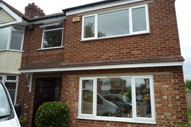 Thumbnail Shared accommodation to rent in 90 Perne Avenue, Cambridge