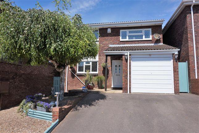 Thumbnail Detached house for sale in 14 Dorriens Croft, Berkhamsted