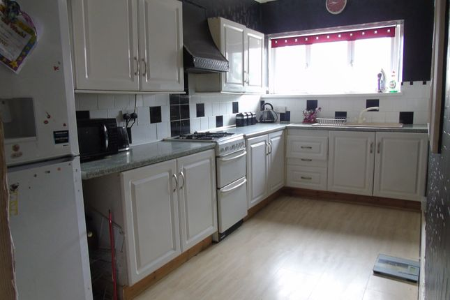 Thumbnail Maisonette for sale in Herbert Street, Abercynon, Mountain Ash