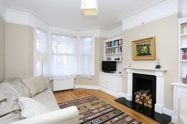 Thumbnail Property to rent in Hearne Road, Chiswick