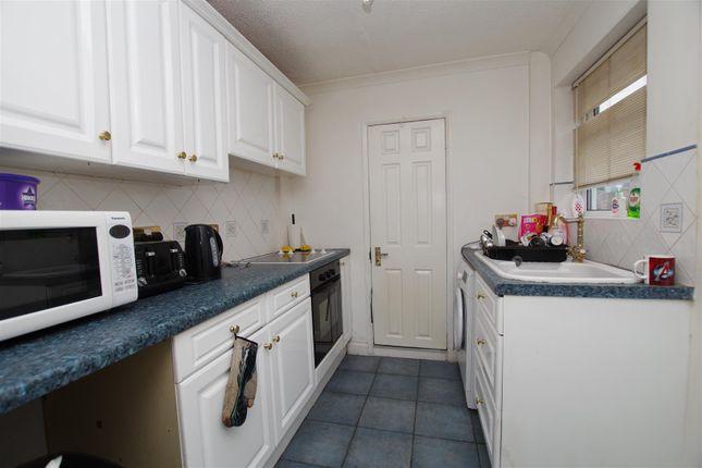 Kitchen of Linslade Street, Swindon SN2