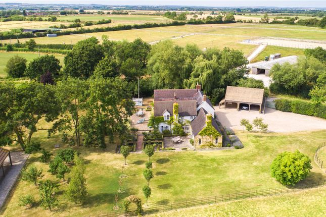 Thumbnail Detached house for sale in Willersey Fields, Nr Willersey, Gloucestershire