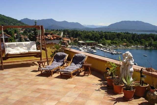 Apartment for sale in Superb Waterfront Apartment, Stresa, Lake Maggiore