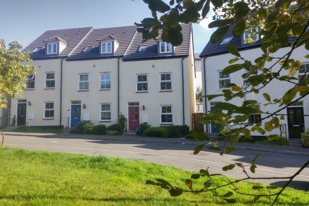 Thumbnail Terraced house to rent in Sparnock Grove, Truro