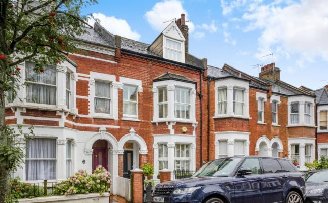 Thumbnail Terraced house to rent in Dynham Road, West Hampstead, London