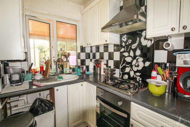 Thumbnail Property to rent in Willow Tree Close, Hayes, Middlesex