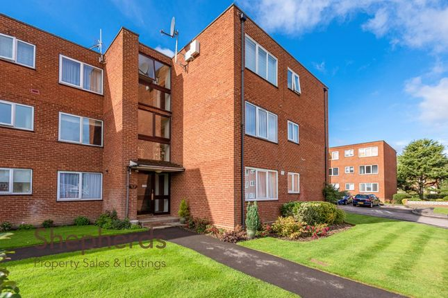 Thumbnail Flat for sale in New Road, Broxbourne, Hertfordshire