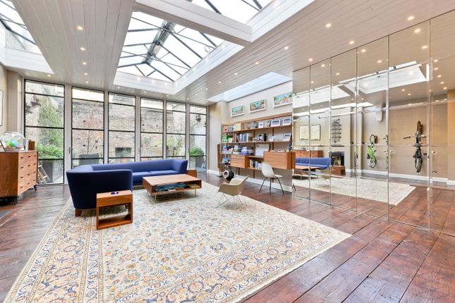 3 bed town house for sale in Princelet Street, London