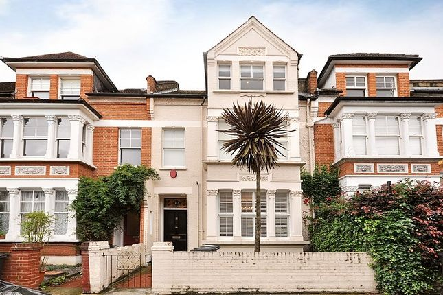 Thumbnail Terraced house to rent in Lynette Avenue, London