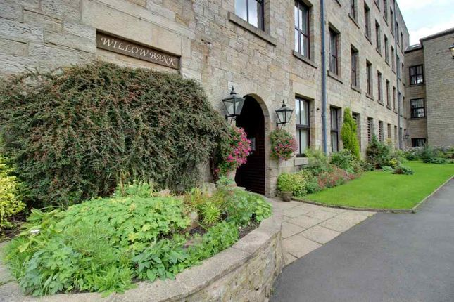 Thumbnail Flat for sale in Village Green, Uppermill, Oldham