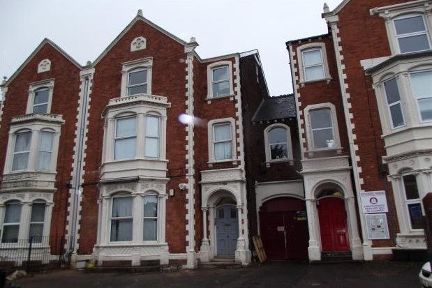 Thumbnail Flat to rent in 15 York Road, Exeter