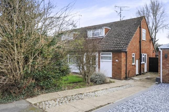 Thumbnail Bungalow for sale in Craigwell Avenue, Aylesbury