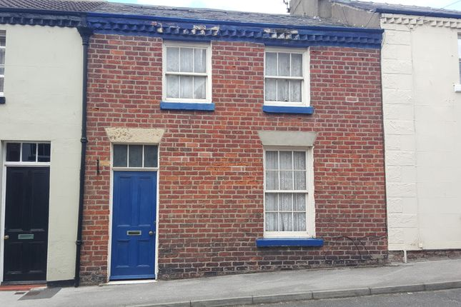 Thumbnail Terraced house to rent in 20 St Mary's Walk, Scarborough