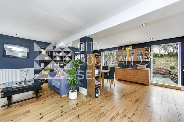 Thumbnail Property to rent in Filigree Court, London