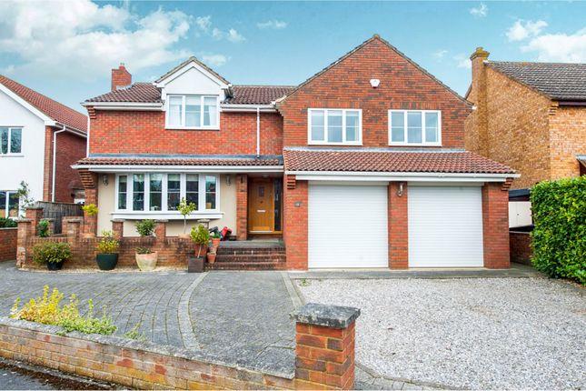 Thumbnail Detached house to rent in Friars Close, Shrivenham, Swindon