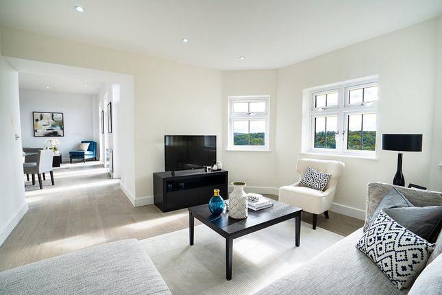Flat for sale in Westview Road, Warlingham