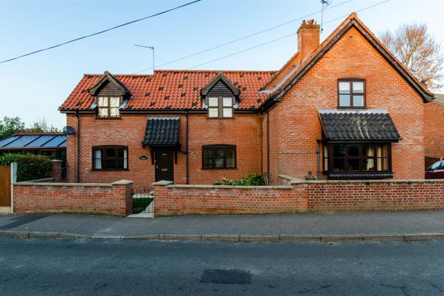 Thumbnail Detached house for sale in The Street, Thurlton, Norwich