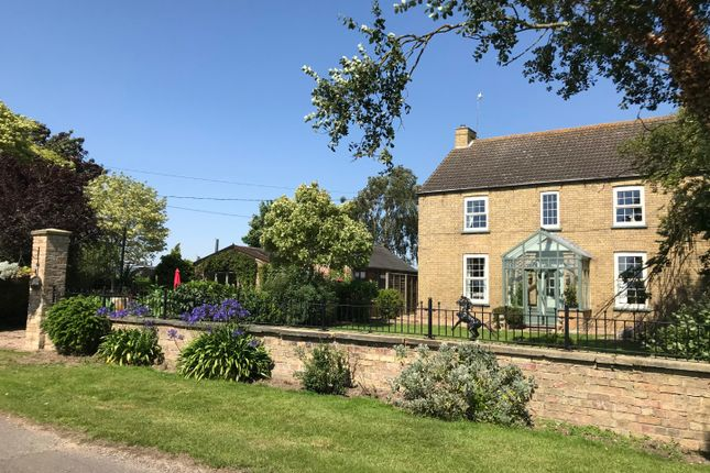 Thumbnail Detached house for sale in Swinthorpe, Lincoln