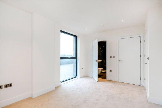 Bedroom of Mercer House, 20 St. Josephs Street, London SW8