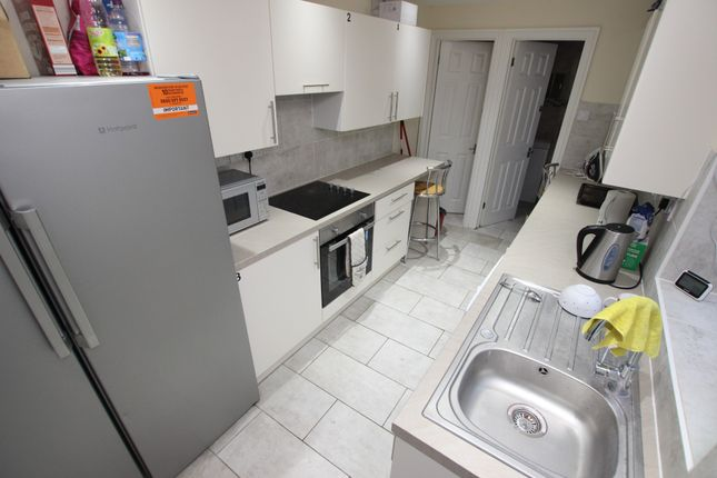 Thumbnail Shared accommodation to rent in Gower Street, Reading, Berkshire