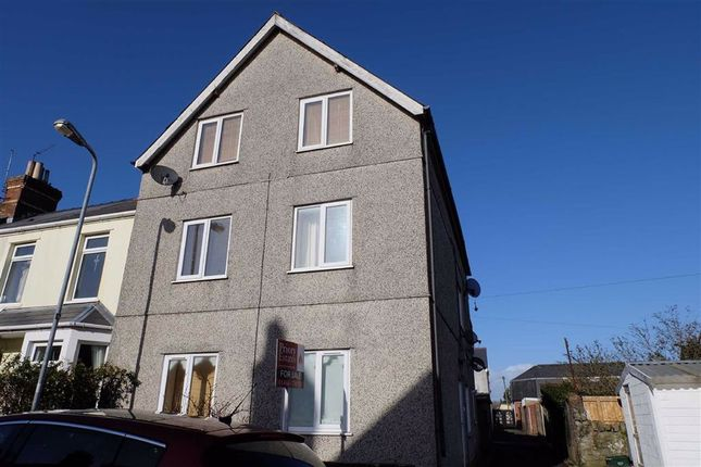 Thumbnail Flat to rent in 2 Lewis Street, Barry, Vale Of Glamorgan