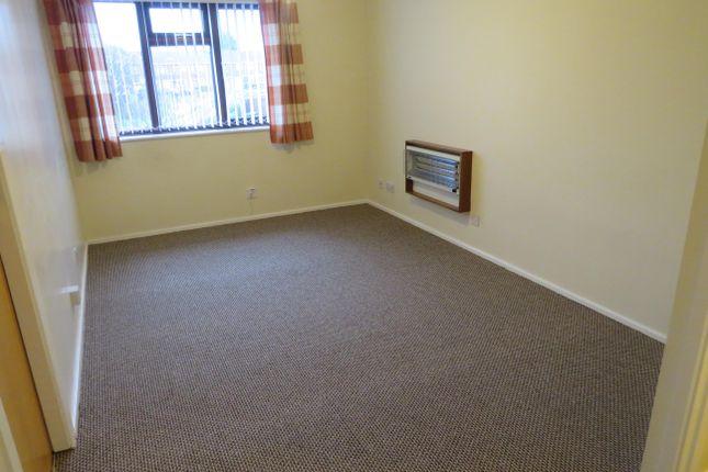 Living Room of Garratt Close, Oldbury B68