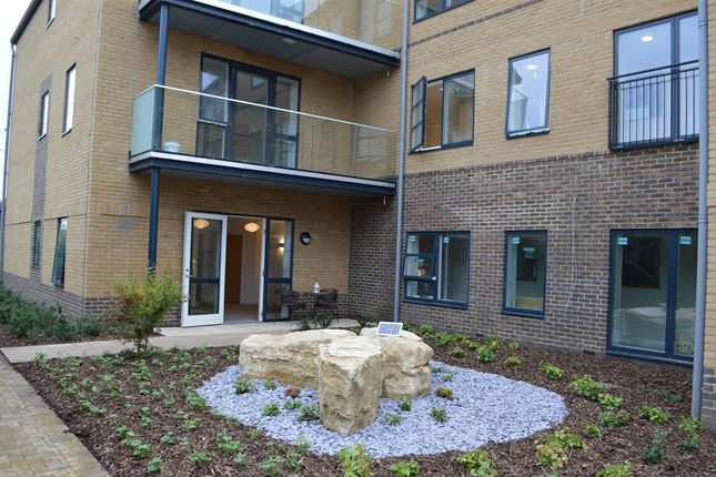 Thumbnail Flat for sale in Rossmore Road, Parkstone, Poole