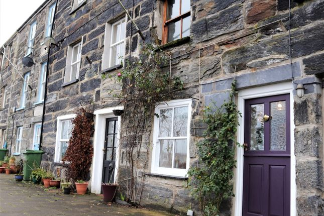 Thumbnail Terraced house for sale in Corn Hill, Porthmadog