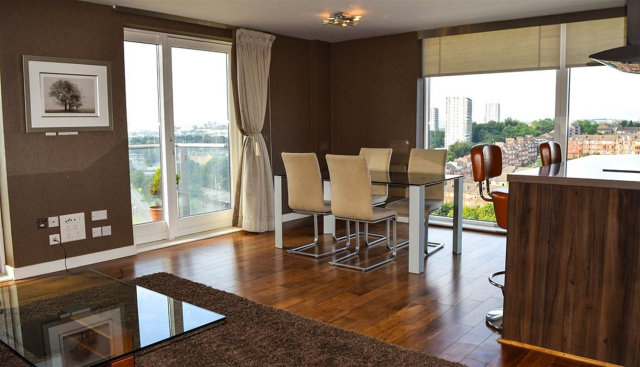 Thumbnail Flat to rent in Meadowside Quay Walk, Glasgow, 6Ed