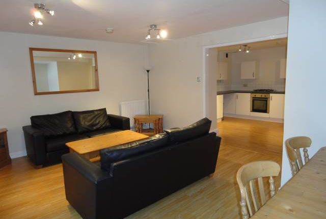 Thumbnail Flat to rent in Flat 2, 53 Osborne Road, Jesmond