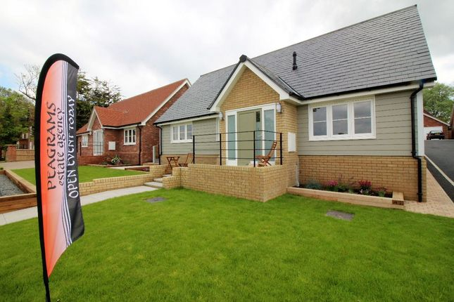 Thumbnail Detached bungalow for sale in Kirby Le Soken, Frinton On Sea