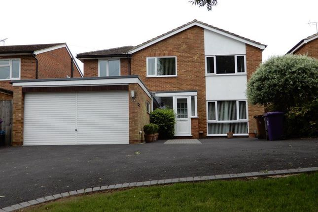 Thumbnail Property to rent in Stevenage Road, Knebworth, Hertfordshire