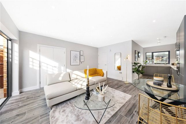 Thumbnail Terraced house for sale in Lingham Street, Clapham, London