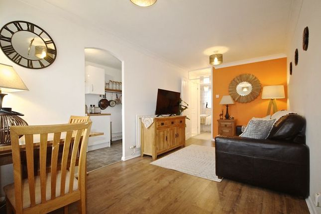 Thumbnail Flat for sale in Mapperton Close, Canford Heath, Poole