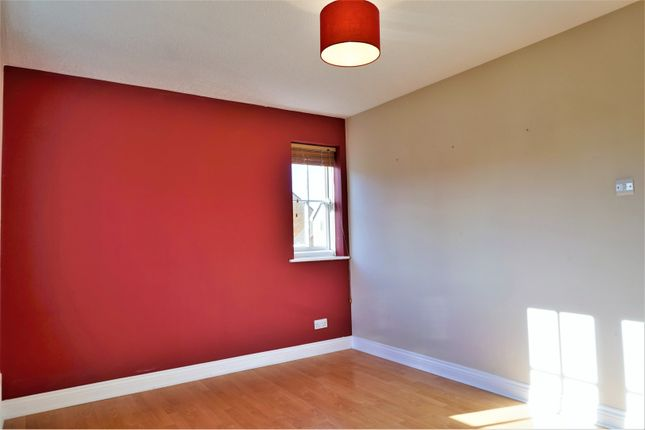 Bedroom One of Harebell Drive, Thatcham RG18