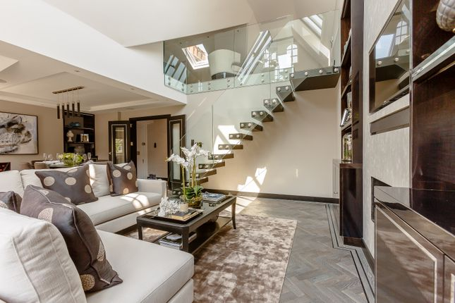 Thumbnail Flat for sale in St Loo Avenue, Chelsea