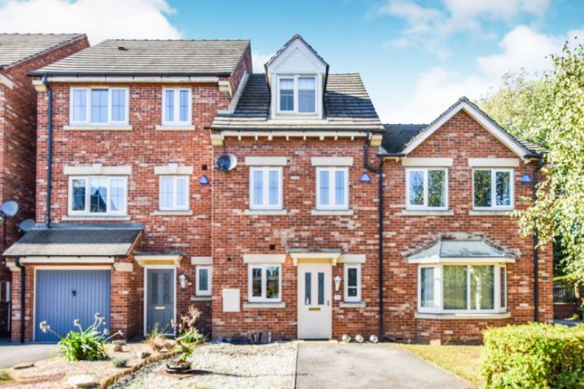 Thumbnail 3 bed town house for sale in Honeysuckle Close, Doncaster