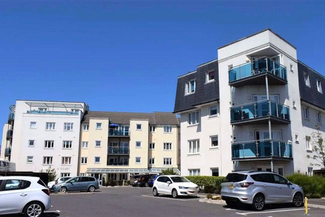 2 bed flat to rent in Middleton Court, Picton Avenue, Porthcawl CF36